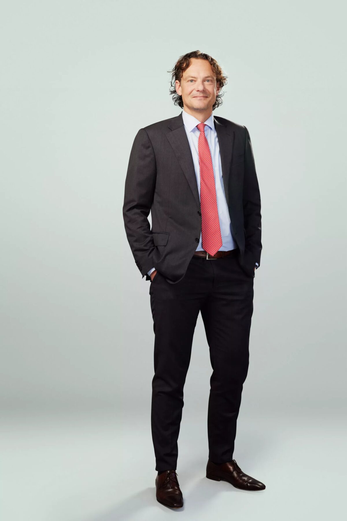 mr. E. (Erik) Eshuis